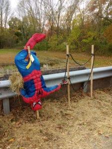 Scarecrow wallclimber spiderman.