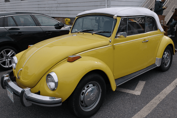 Easton Lions Auction Car 2018-1972 Volkswagen VW Beetle Convertible - Refurbished